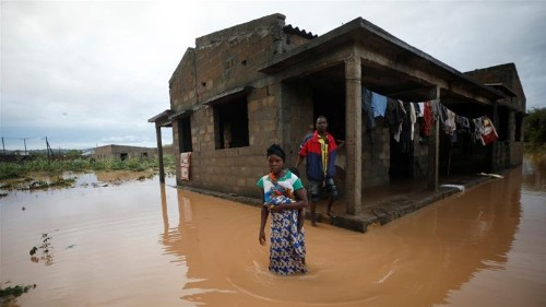 'Incredibly difficult' to reach Mozambique cyclone survivors