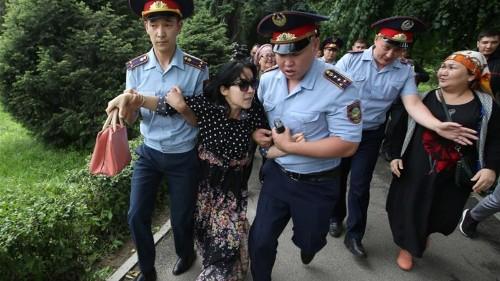 Hundreds arrested in Kazakhstan over election protests