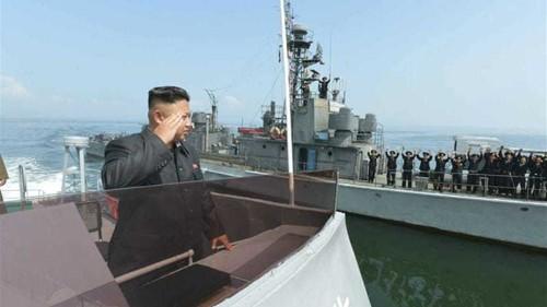 Korean navy boats exchange warning shots