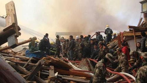 Fire destroys ancient Tibetan town