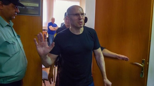 Russia drops extortion charges against journalist after outcry