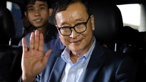Cambodian opposition leader Sam Rainsy arrives in Malaysia