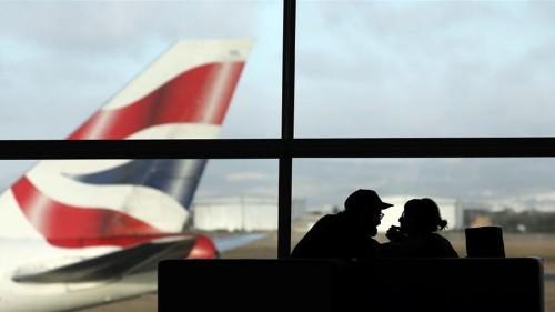 Passengers scramble to rebook after BA suspends Cairo flights