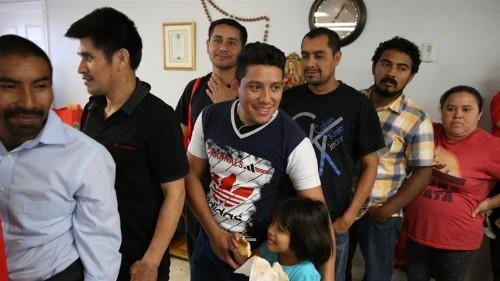 Central American 'migrant caravan' reaches US-Mexico border