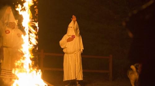 KKK rallies for Confederate flag in S Carolina