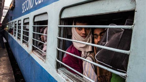 India rail minister quits amid bribery claims