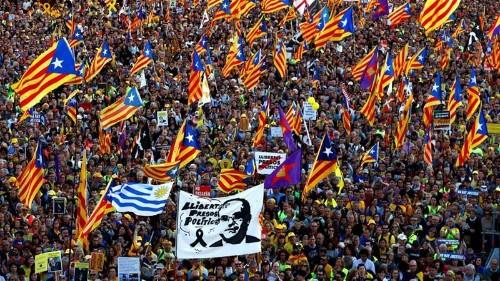 Mass rally in Madrid against trial of Catalan separatist leaders