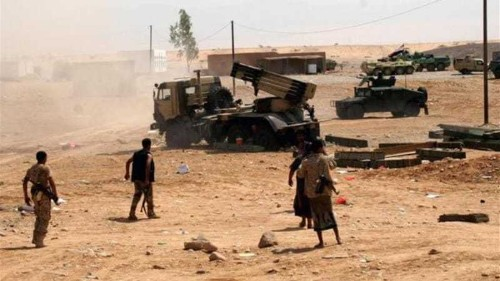 Suspected al-Qaeda fighters raid Yemen town