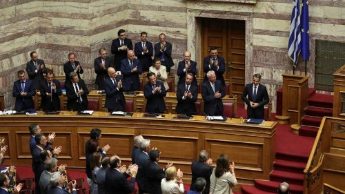 Big tax cuts for Greeks after government wins vote of confidence