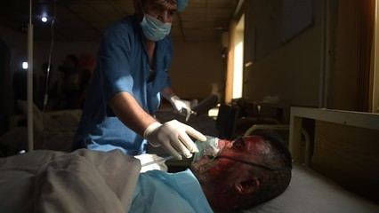 Afghanistan: Fears people with coronavirus will enter via Iran