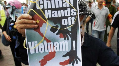 South China Sea tensions rise after collision