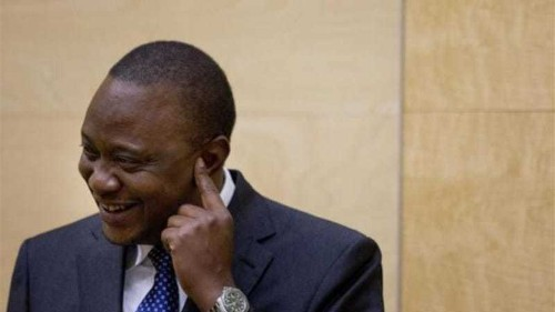 Kenyans hail president on return from ICC