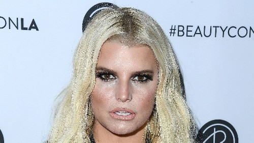 Jessica Simpson Just Shared a Makeup-Free Photo on Instagram, and Fans Are Saying She Looks 15