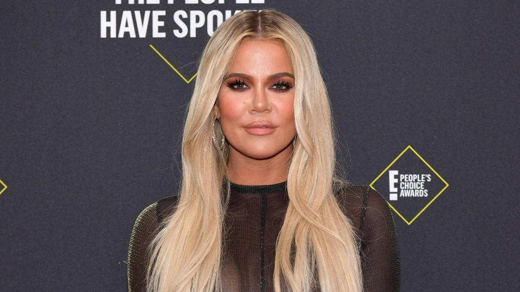 Khloé Kardashian Just Debuted a New Bronde Hair Color, and Fans Are Obsessed