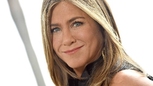 Jennifer Aniston Swears By This $195 Gold Face-Sculpting Tool