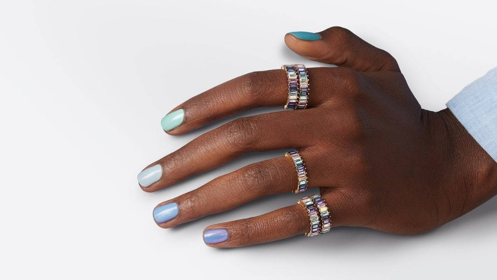 Essie and Baublebar Team Up for Two New Limited-Edition Collections
