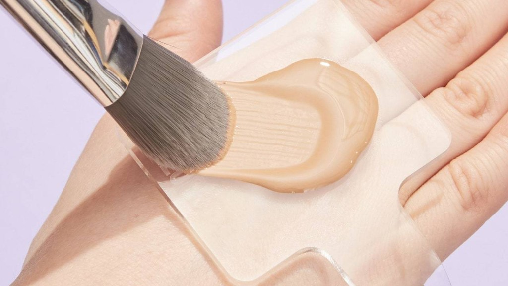 This Tool Means Never Making a Makeup Mess on the Back of Your Hand Ever Again