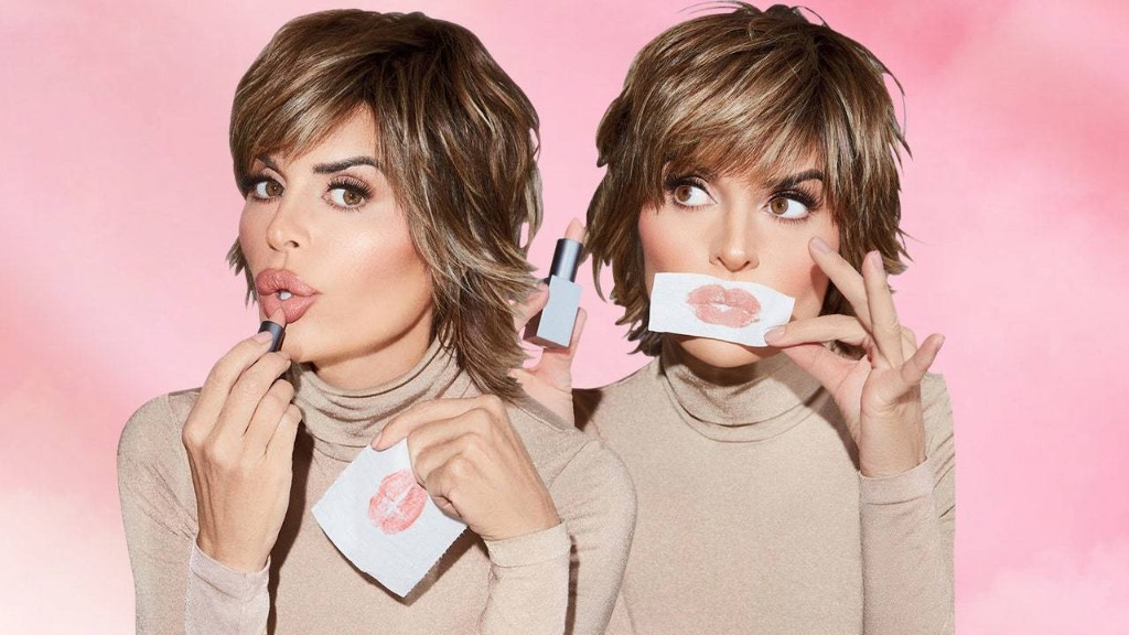Lisa Rinna Is Launching a Beauty Line — and the First Products Are Exactly What You'd Expect