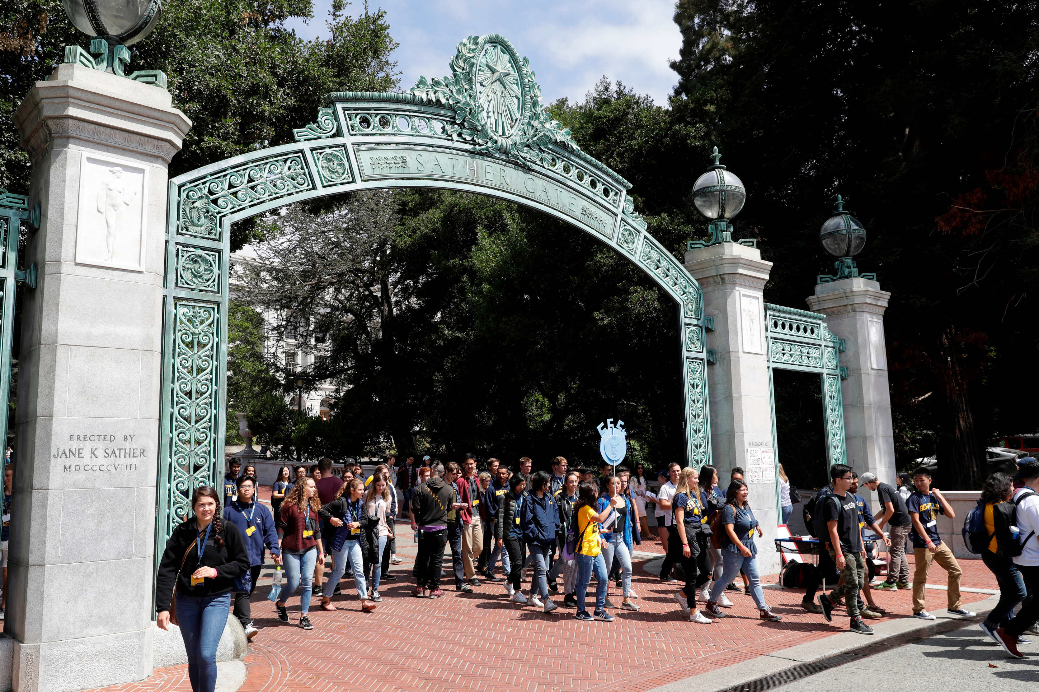 U. of California leaders support dropping use of SAT, ACT