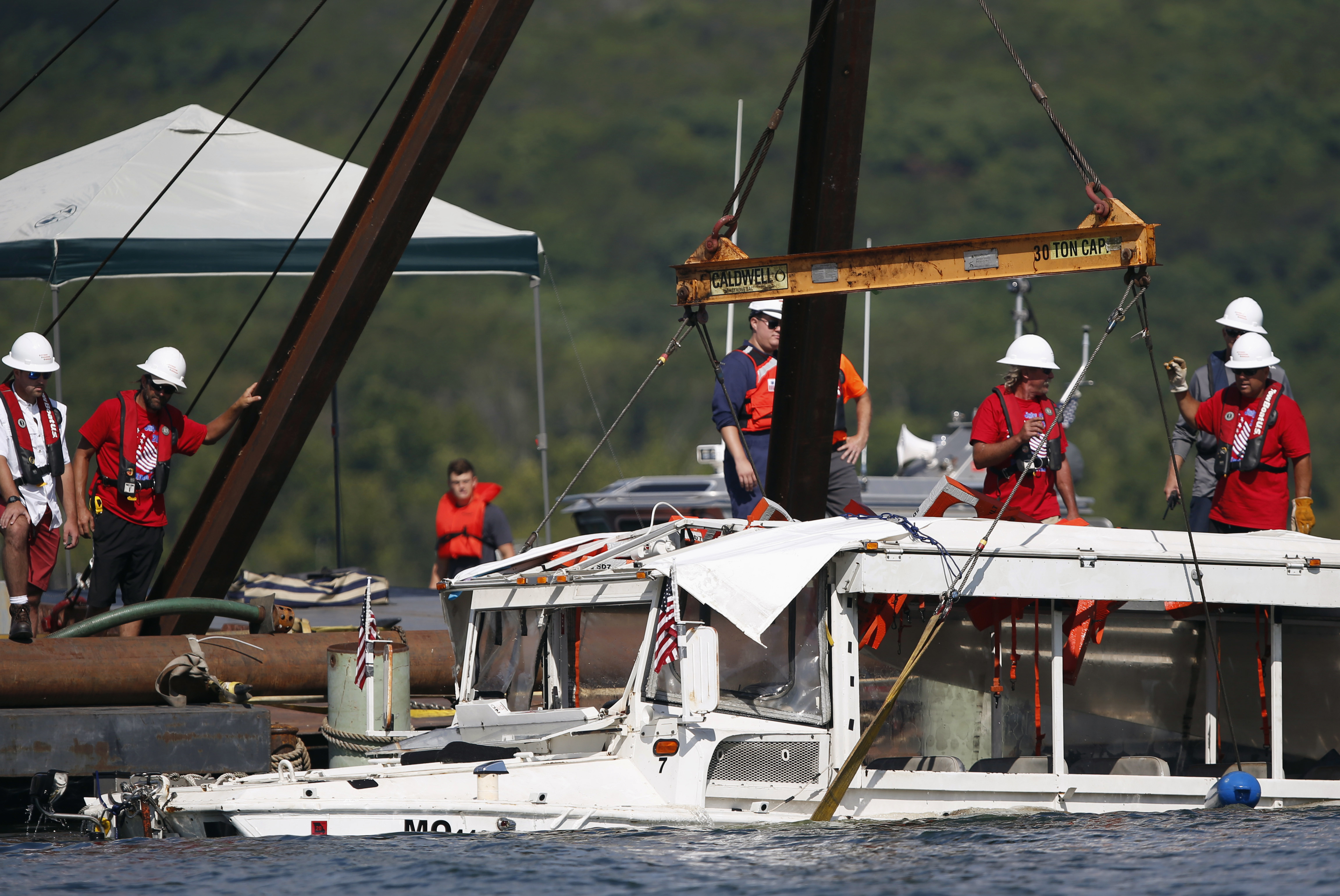 2 more duck boat workers indicted in sinking that killed 17