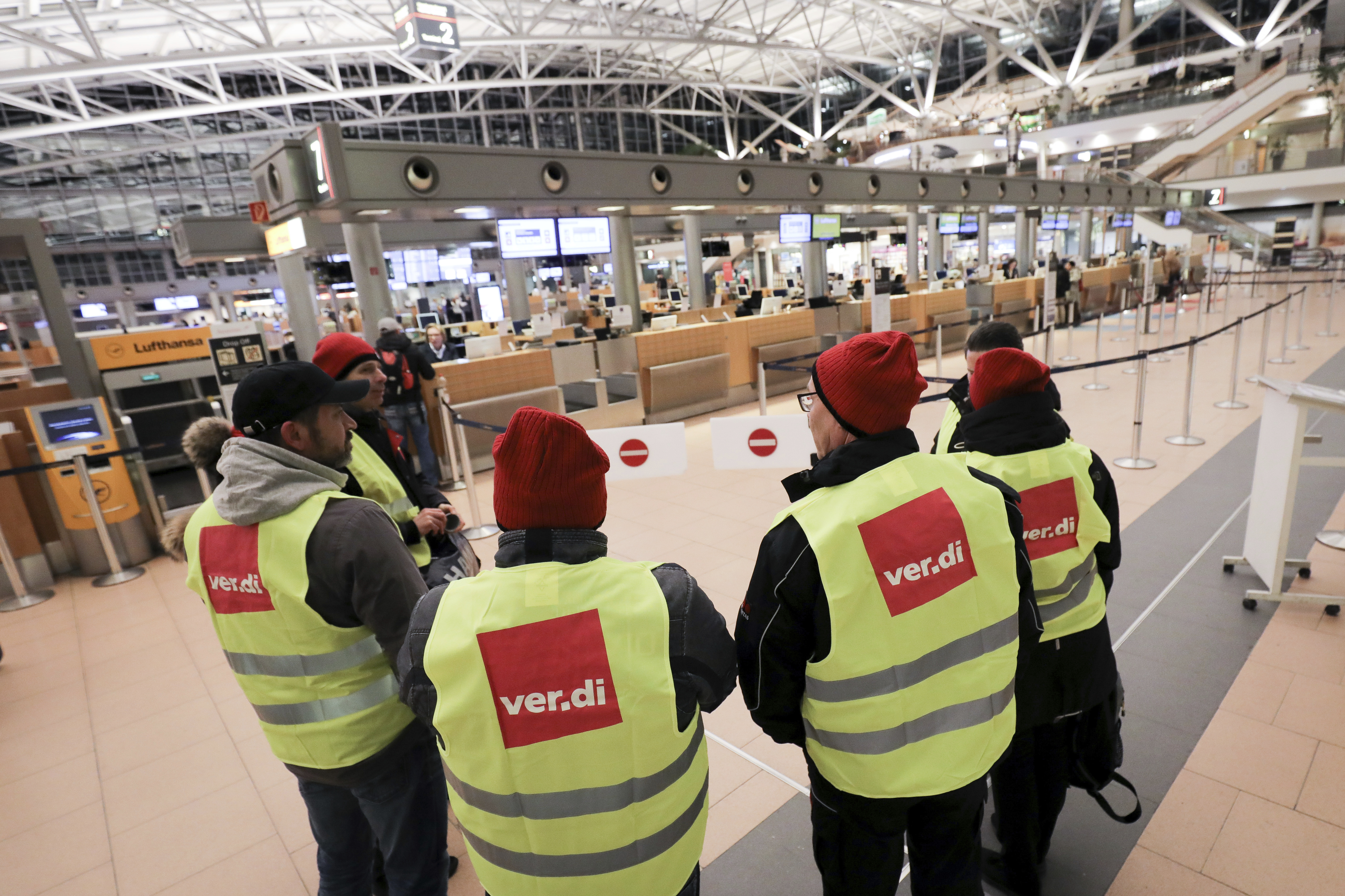 German union puts airport security strikes on hold for now