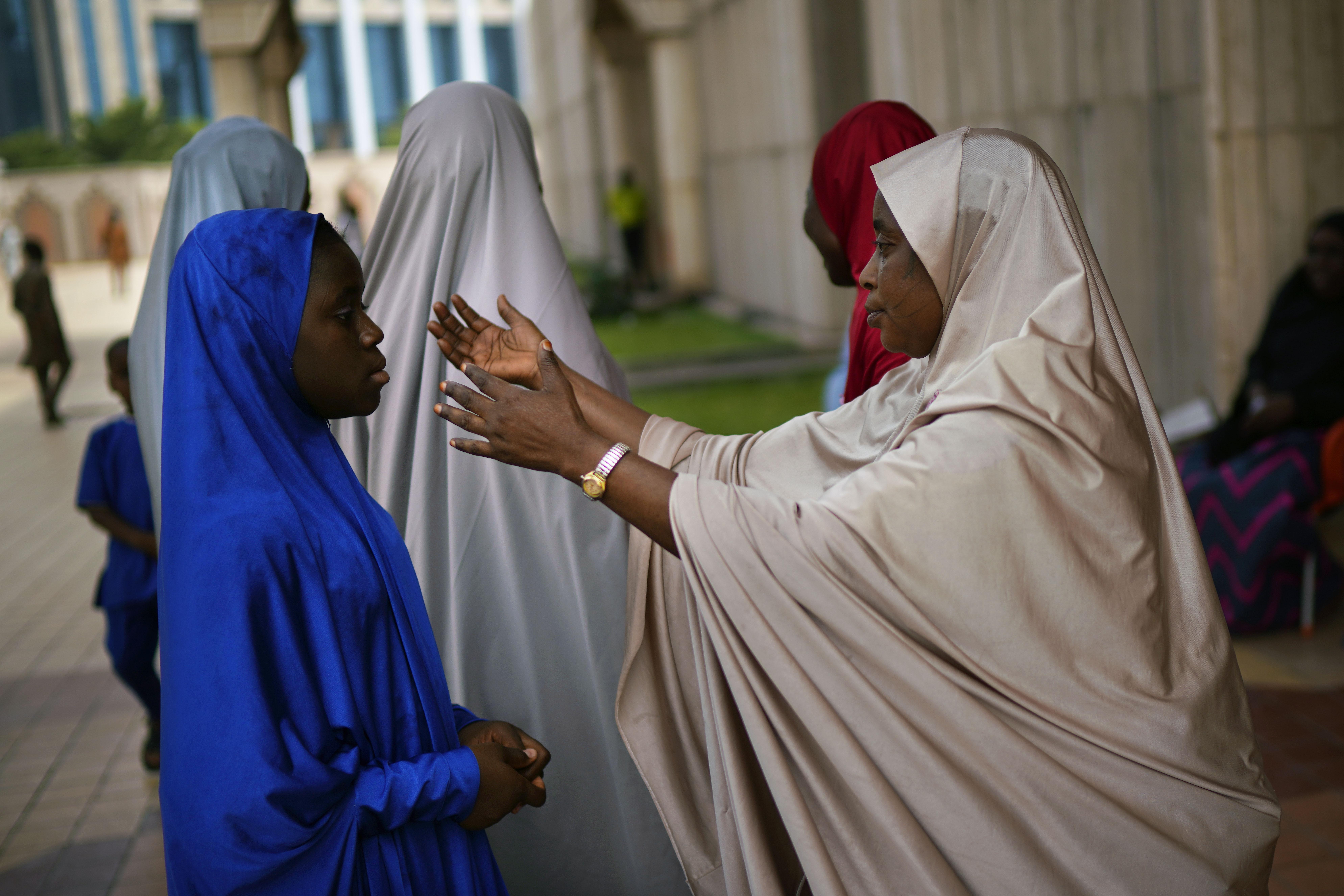 Nigeria delays election until Feb. 23 over 'challenges'