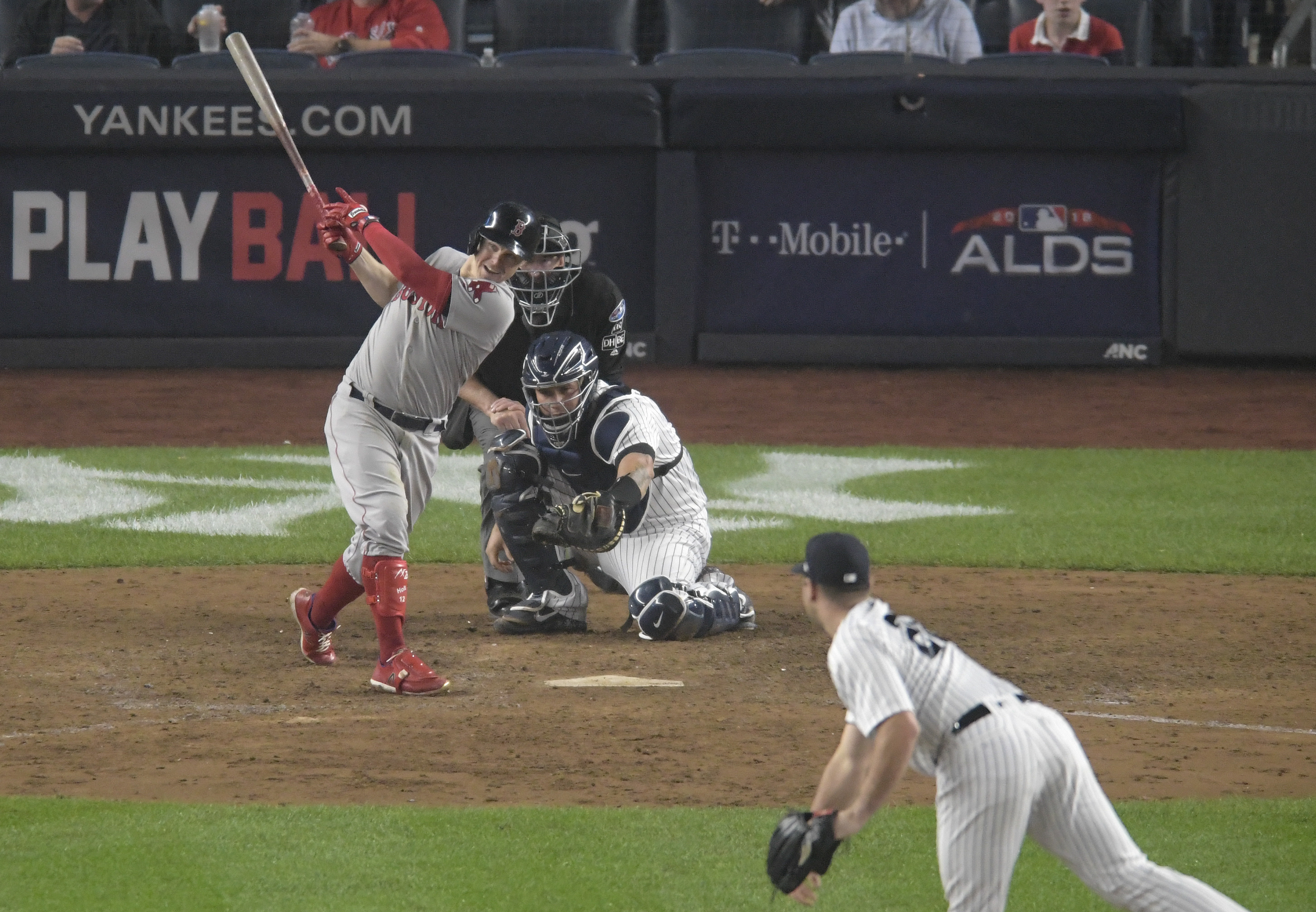 LEADING OFF: Red Sox try to bounce Yanks from ALDS