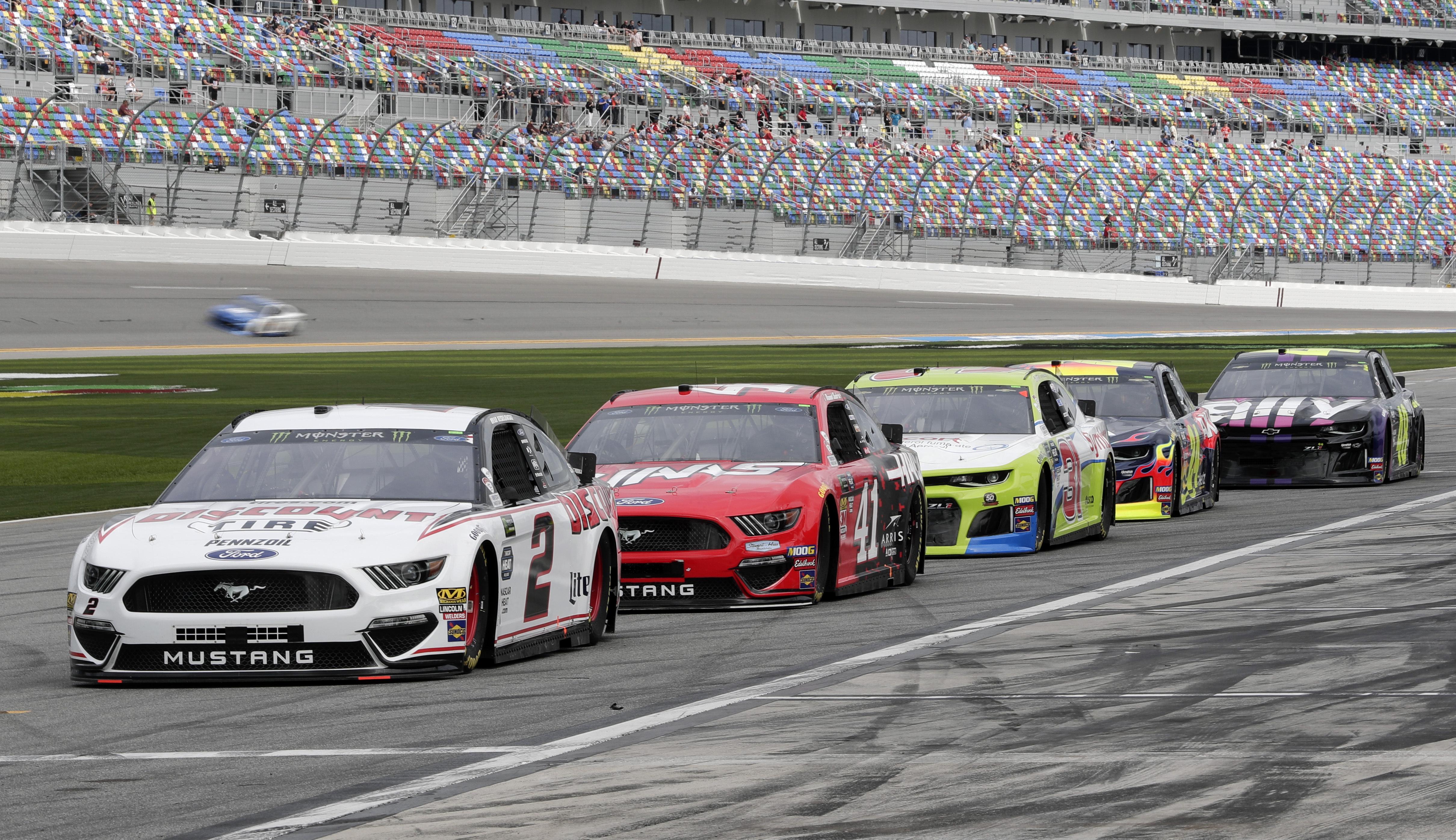 New-look Daytona 500 has a certain throwback feel
