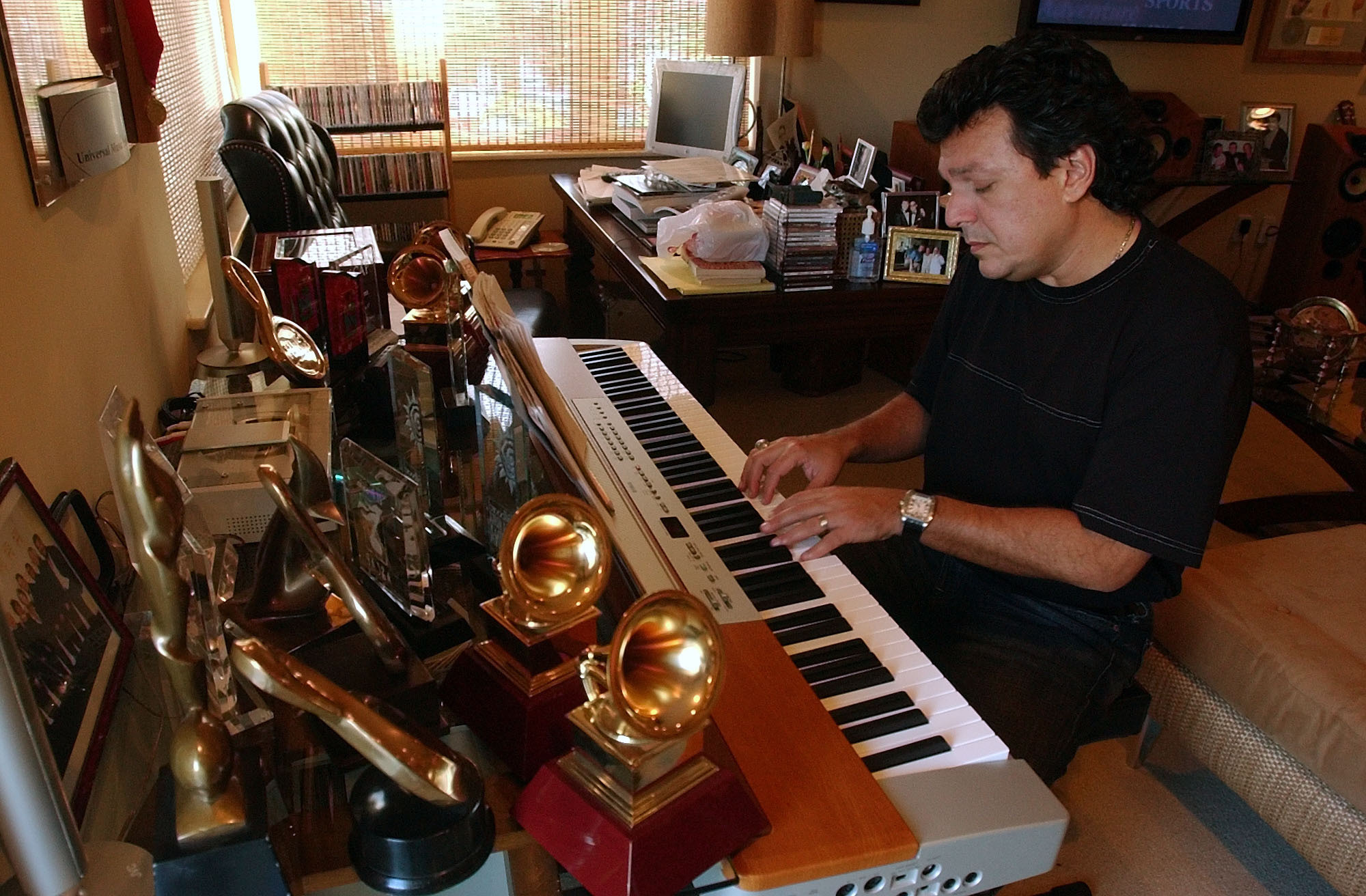Rudy Pérez shares his journey from poverty to the Grammys