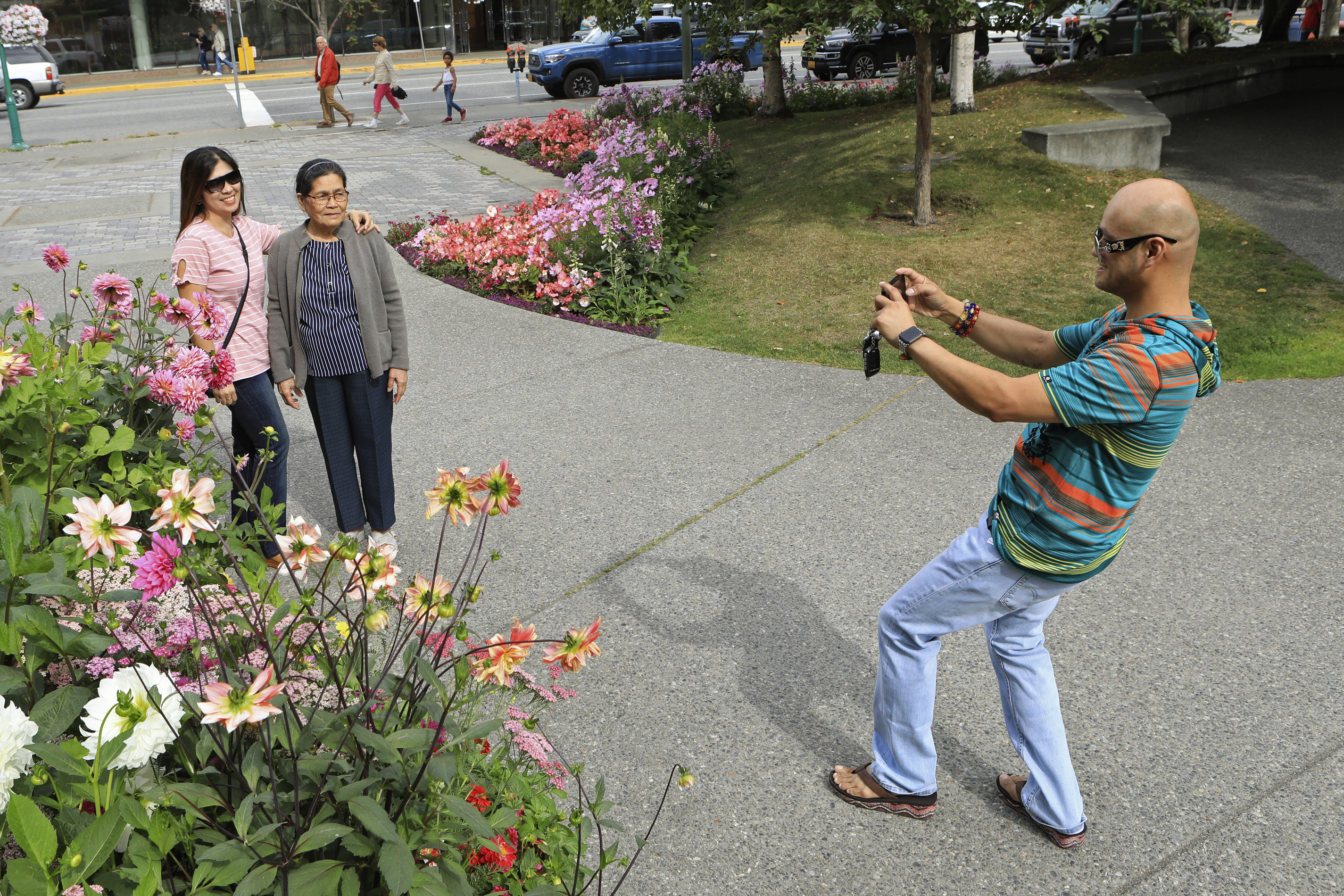 Blooms, beasts affected as Alaska records hottest month