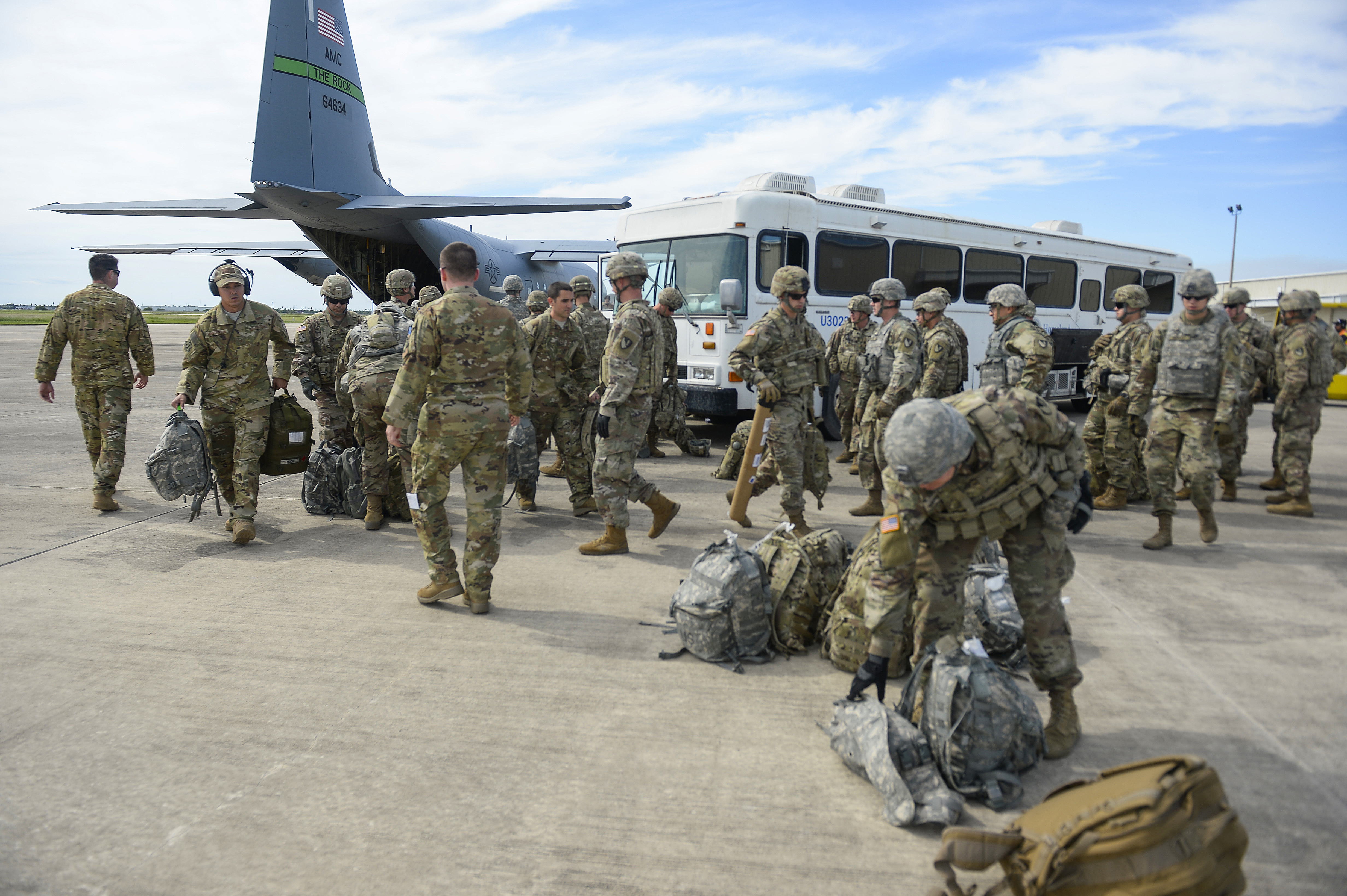 Security experts question border mission for military