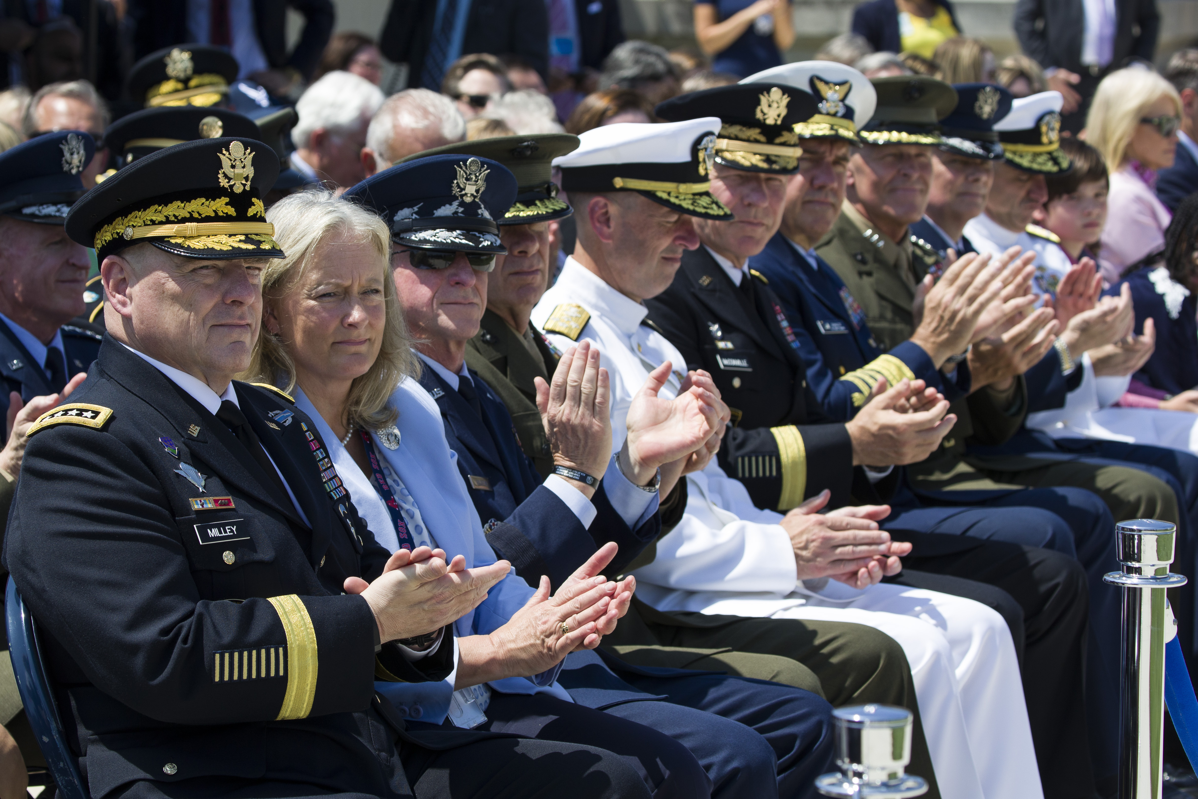 Senate confirms Army general as next Joint Chiefs chairman