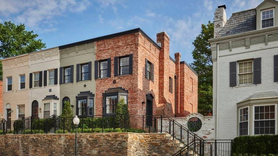 Check Into This Washington D.C. Hotel Where You Can Sleep in a Historic Townhouse