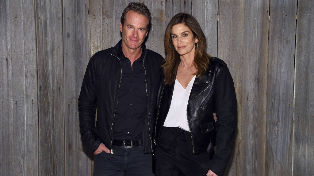 Cindy Crawford and Rande Gerber Allow Buyer to Back Out of Malibu Sale Amid COVID-19 Pandemic