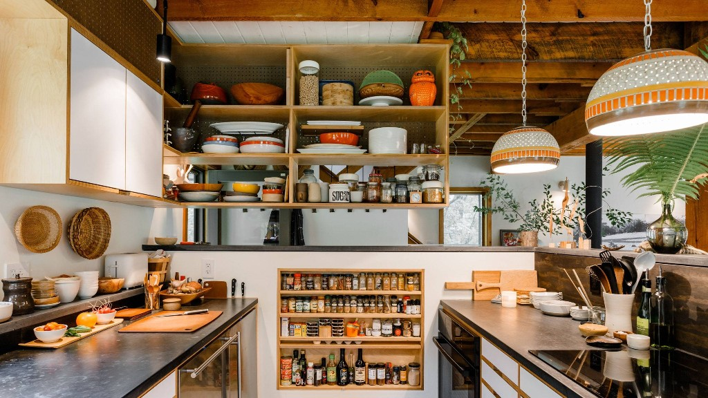5 Ways to Hack Your Tiny Kitchen