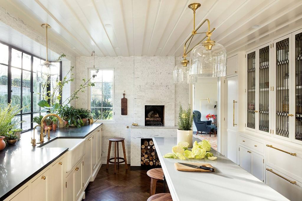 Home And Garden Design Ideas - Magazine cover