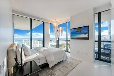 Zaha Hadid's South Beach Home in Miami Has Just Sold