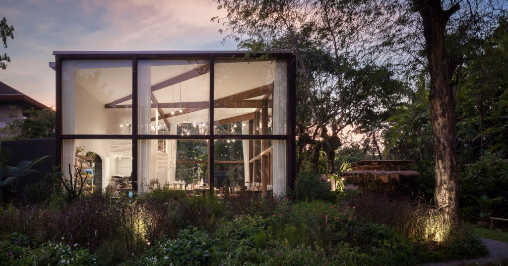 Pursuing Perfection: 8 Glass Boxes With Beautiful Detailing - Architizer Journal