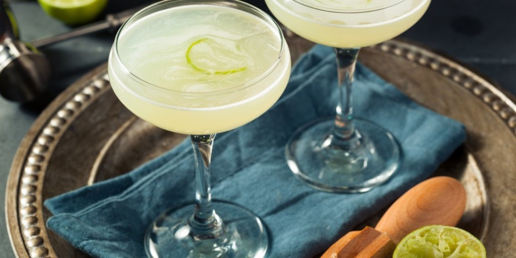 Simple, Delicious & Easy-to-Make Cocktails