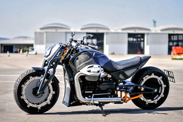 Lvpvs Alpha: A Space Age Moto Guzzi California