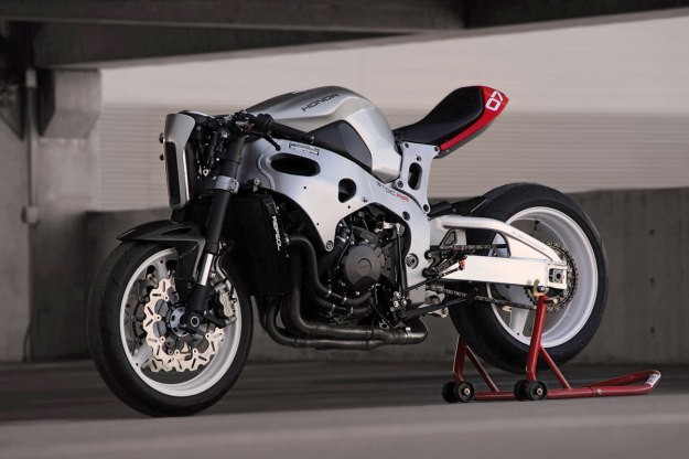 "Turn your CBR1000rr into a ""cafe fighter"""