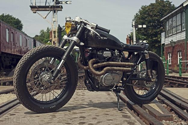Honda CB250 by OEM