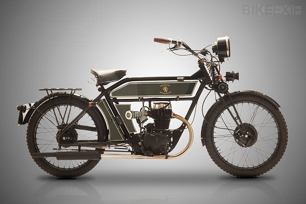 Vintage style motorcycle: the Black Douglas