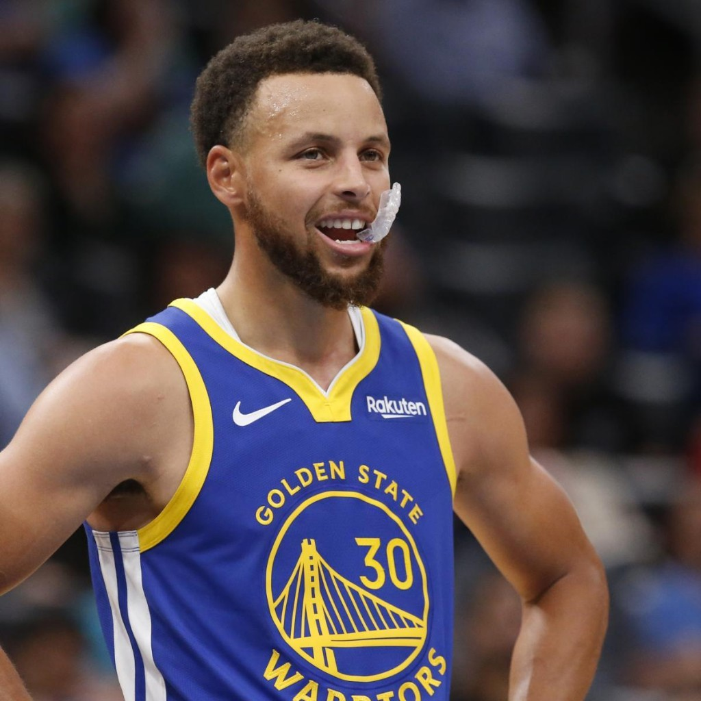 Warriors' Steph Curry: 'Easy to Throw Darts at a Team Trying to Figure It Out'
