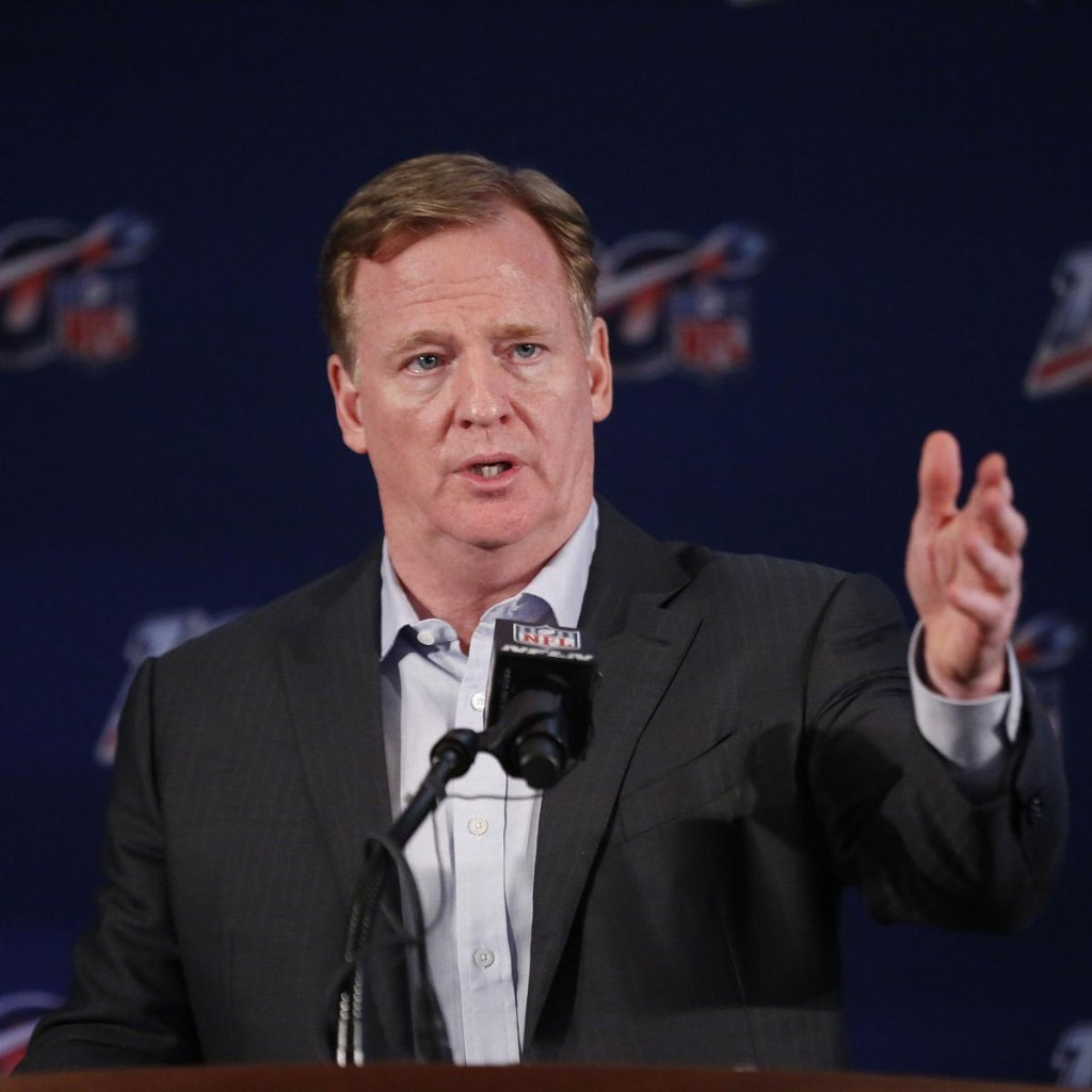 Report: NFL, NFLPA Have Yet to Agree on Training Camp Report Date Amid COVID-19