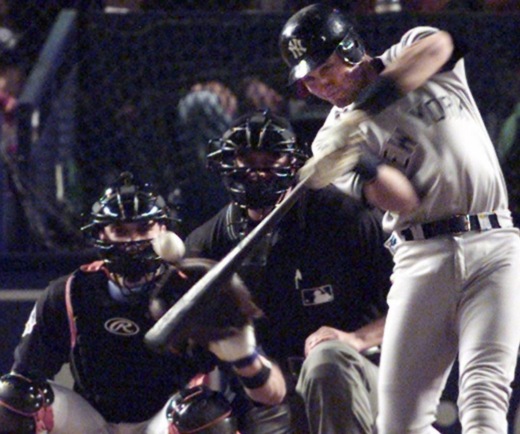 Derek Jeter Says He'd Have Left NYC If Yankees Lost to Mets in 2000 World Series
