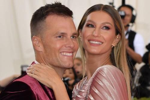 Tom Brady, Wife Gisele Want $33.9M for Massachusetts Estate Amid Contract Rumors