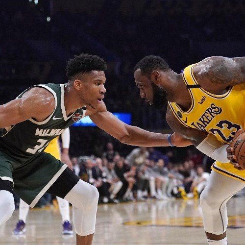 Giannis Tops LeBron James with 60 out of 70 Votes for NBA MVP in ESPN Survey