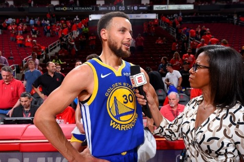 Steph Curry Turns Back the Clock, Reminds NBA What Makes Him Special Without KD