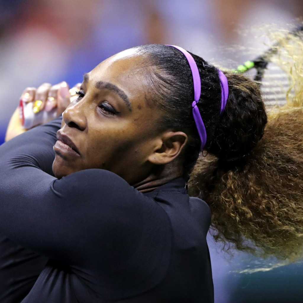 Serena Williams Beats Maria Sharapova in Straight Sets in 1st-Ever US Open Match